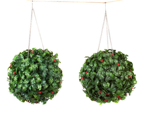 Set Of 2 Holly Balls