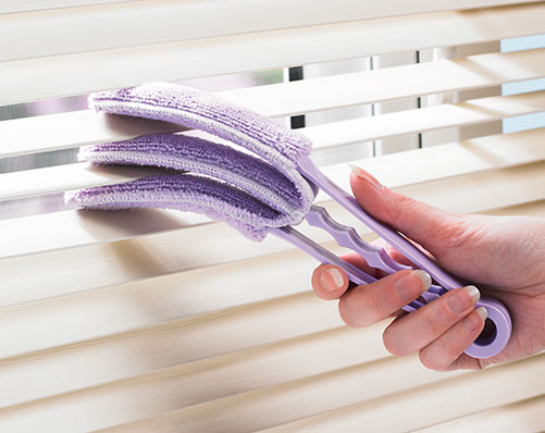 how to clean venetian blinds in bathtub