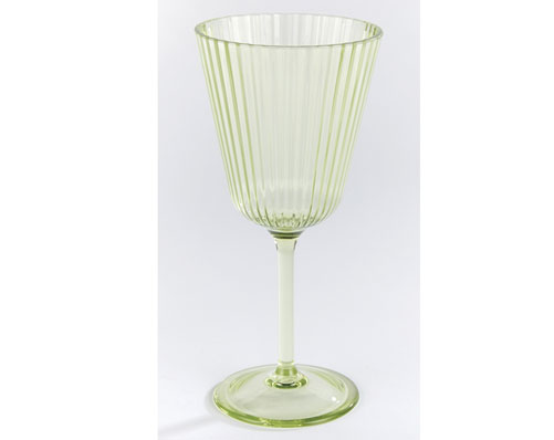 Glass-Effect Wine Glasses